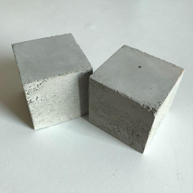 6 100mm_x_100mm_raw_concrete_cubes